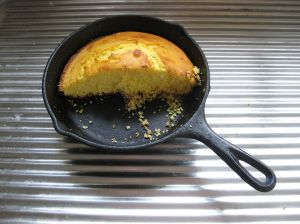 1024px-Cornbread_in_cast_iron_pan