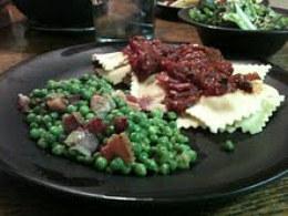 ravioli w sicilian sauce-1